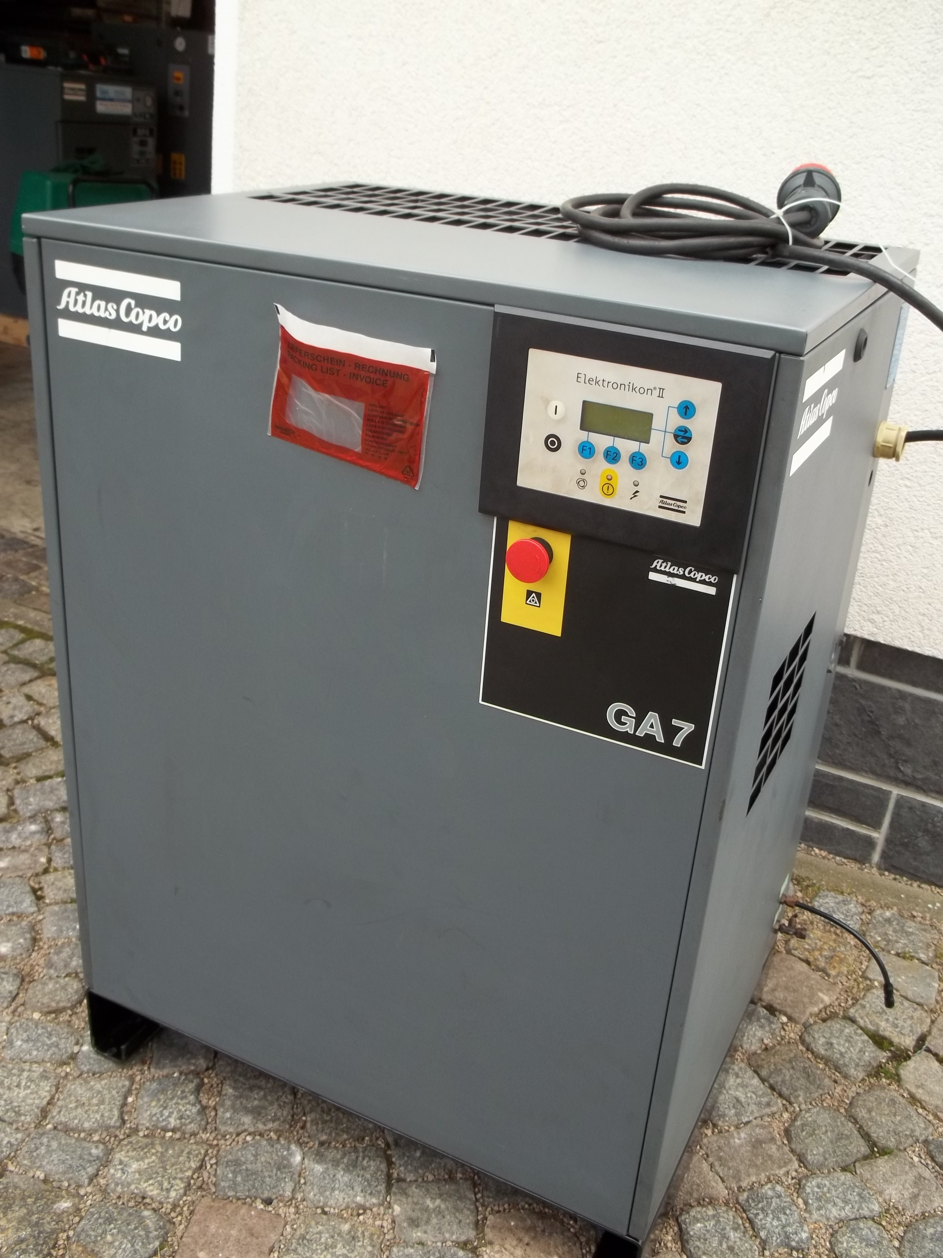 GA 7-10 FF mit integriertem Kältetrockner
