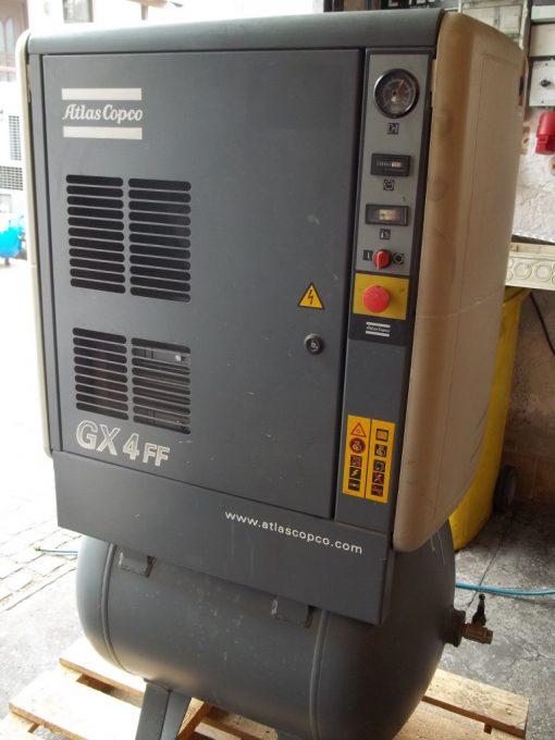 GX 4-7,5 EP FF/200 mit integriertem Kältetrockner